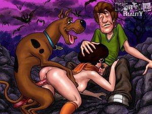 Velma licks daphnes ass